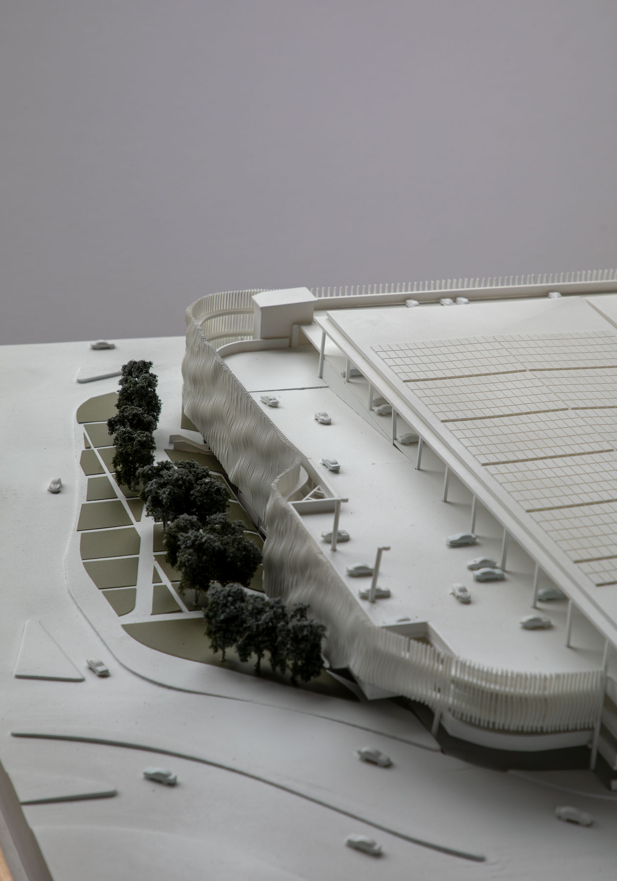 A Monochromatic Presentation Model with a detailed Facade